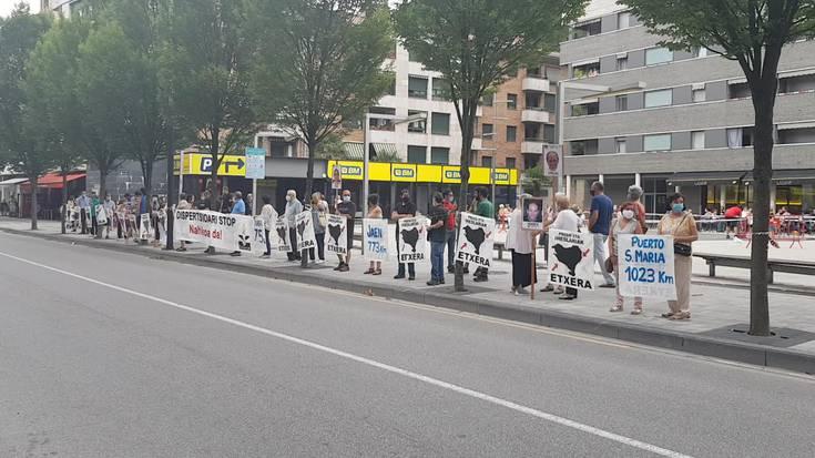 Euskal presoen eta iheslarien aldeko elkarretaratzea