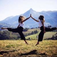 Generoa.  Kimua dantza kolektiboaren emanaldia Otietan