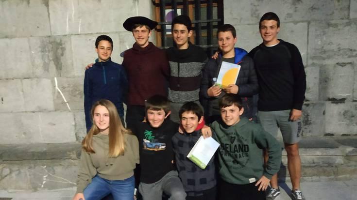 Tolosaldeko bertso-eskoletako gazteen txapelketa Asteasun