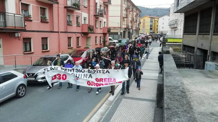 Dozenaka lagun Andoaingo manifestazioan