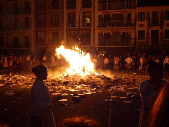 Udako solstizioaren kalejira, Amasa-Villabonan zehar
