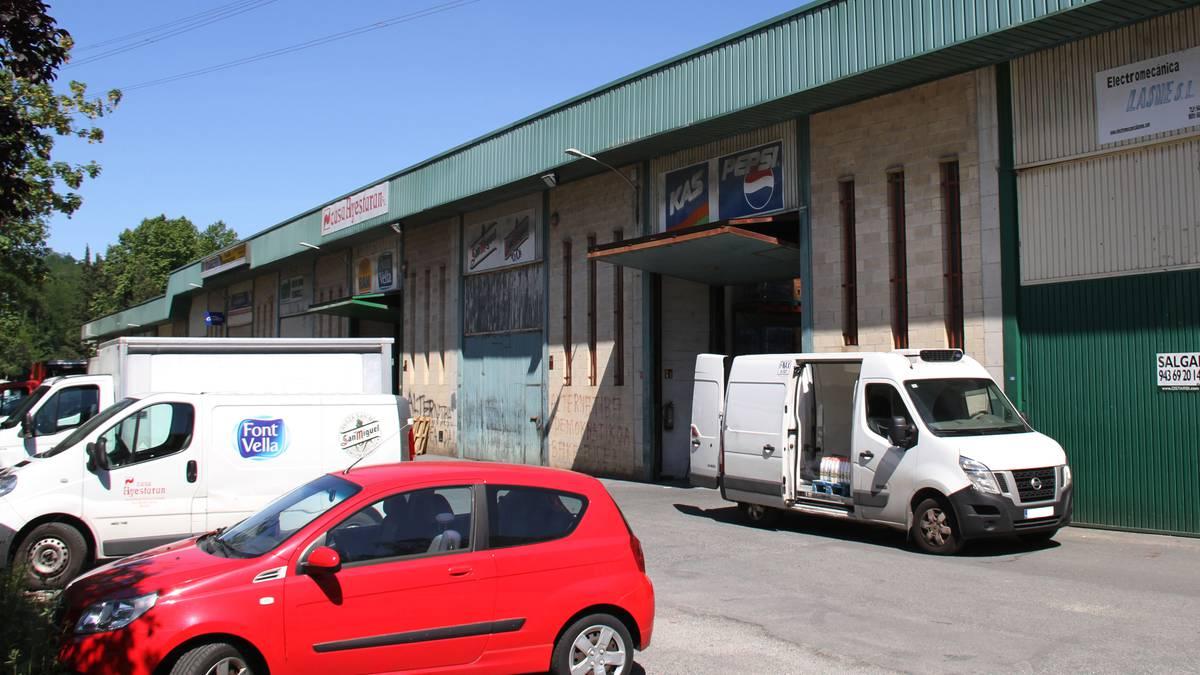 Eskualdeko enpresen gunea Adunan, iragana eta oraina