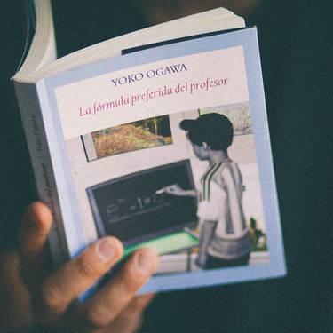 Literatur tertulia: La formula preferida del profesor