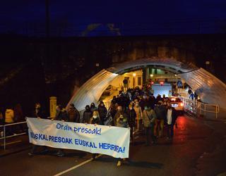 Euskal presoen etxeratzearen aldeko manifestazioa egin dute